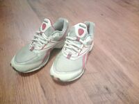 Ladies Reebok, keep fit, trainers. Uk size 4. **great condition**