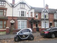 EIGHT BEDROOM HOUSE TO LET*HMO SPECIFICATION*IDEAL FOR COMPANY LET*SMALL HEATH*AVAILABLE IMMEDIATELY