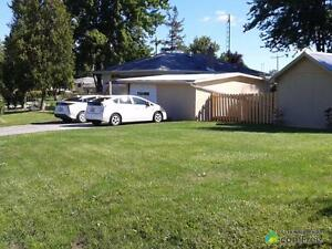 $155,000 - Bungalow for sale in Sarnia Sarnia Sarnia Area image 5