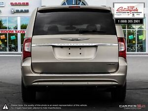 2012 Chrysler Town & Country Limited *NAVIGATION* Windsor Region Ontario image 5