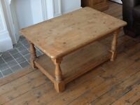 RUSTIC SOLID CHUNKY PINE COFFEE TABLE - NEAR LEEDS CITY CENTRE