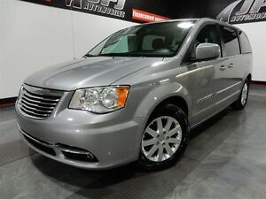 2013 Chrysler Town & Country Touring / DODGE GRAND CARAVAN