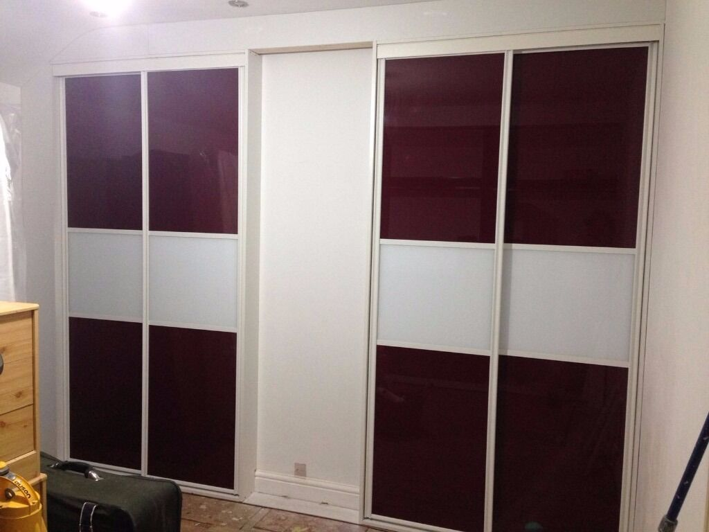 Space-pro Sliding Wardrobe 4 Doors Maroon and White Colour Panel with Track set