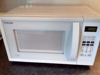 White microwave oven. As new