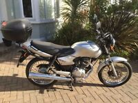Silver Honda CG 125, mint condition, MOT/Tax until '17 ideal for learner/commuting