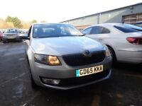 SKODA OCTAVIA 1.6 TDI CR 110 SE L [Intelligent Park Assist] 5dr (silver) 2015