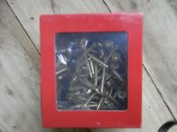 Decking spindle screws 4mmx40mm free driver bit included