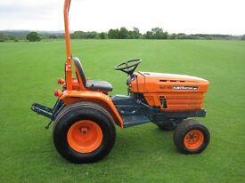 Kubota B7200HST Compact Tractor