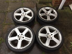 "17"" Momo alloy wheels(Ford 4 stud Fiesta fittment)"