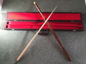 Snooker cue in a case signed by legends