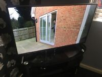 LG 42in LED FULL HD USB Hdmi Digital Freeview Tv with Remote Control Base Legs
