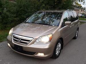 2006 Honda Odyssey Touring NAV,LEATHER HEATED SEATS,8SEATER$7975