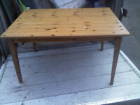 SOLID PINE WOODEN TABLE (i also have 4 pine chairs pics on my gumtree)