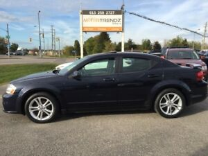 2011 Dodge Avenger SXT Sunroof and Heated Seats ! Also full P...
