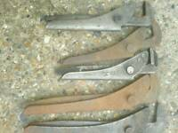Footprint wrenches