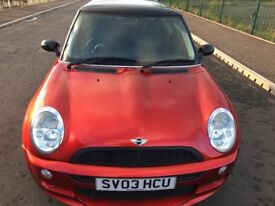 Mini hatchback 1.6 Cooper Mot May 2019 Full service history Exclusive colour real head turner