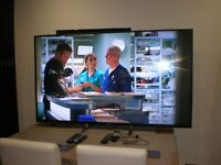 ABSOLUTELY STUNNING SONY 65 INCH TV AND STAND