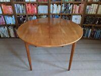 Danish style teak extending round dining table 1960s vintage gplanera