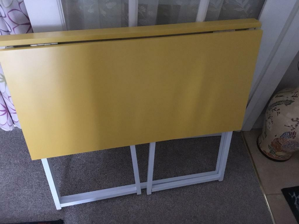 Incredible Brand New Never Been Used Folding Desk Table In Chipping Norton Oxfordshire Gumtree Download Free Architecture Designs Scobabritishbridgeorg