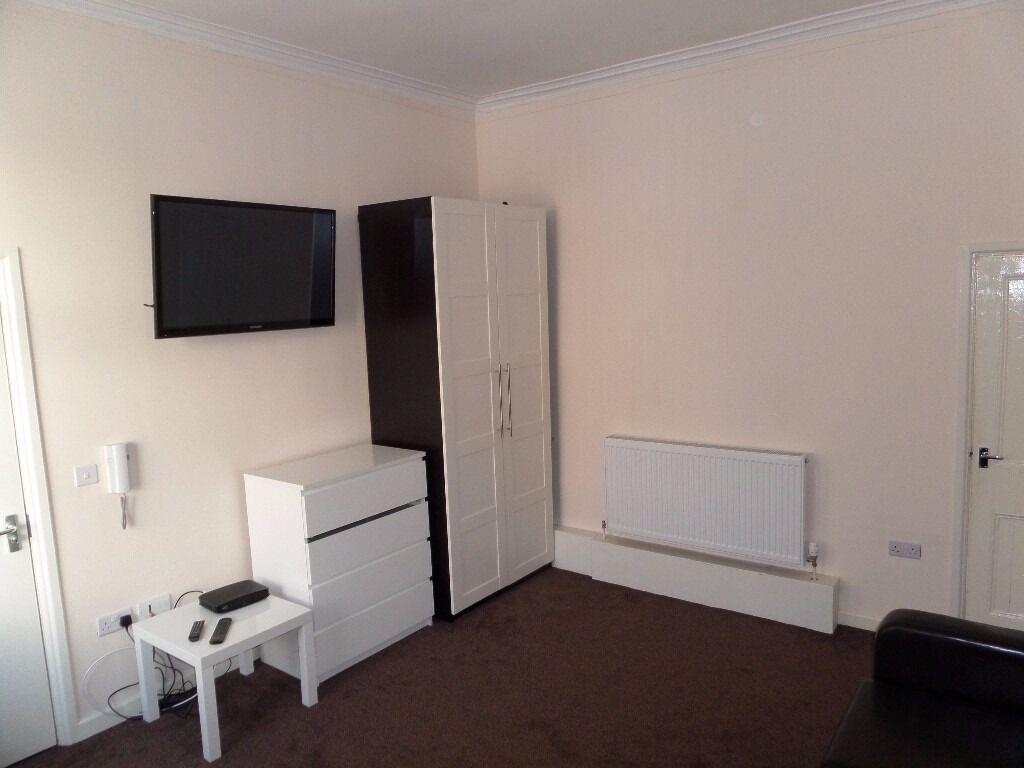 Luxury 1 Bed spacious Studio flats with en-suite's, Hylton Road, Sunderland, SR4 7UZ