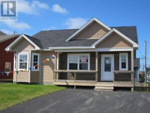 Pet friendly house rental available October 1