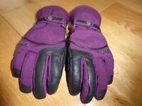 Wed Ze Purple women gloves, size small