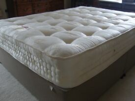 Bed King sized bed very good condition