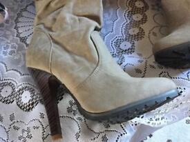 Select ladies long high heels boots. Beige suede Sz: 6/39 new £5