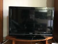 "32"" TOSHIBA LCD TV BUILTIN FREEVIEW HDMI & USB WITH REMOTE CAN DELIVER"