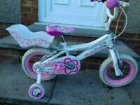 Hello Kitty Bicycle with stabilisers in new excellent condition.