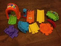 VTech Toot-Toot Drivers Deluxe Train Track set