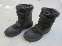 Kid's snowboots, Next, size 3, grey