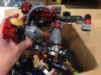 Lots of lego bits