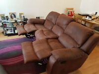 3 seater recliner sofa. Good condition.