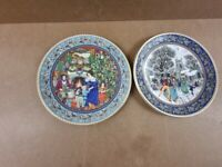 2 x Royal Worcester Plates, Christmas day and boxing day (PAIR) -