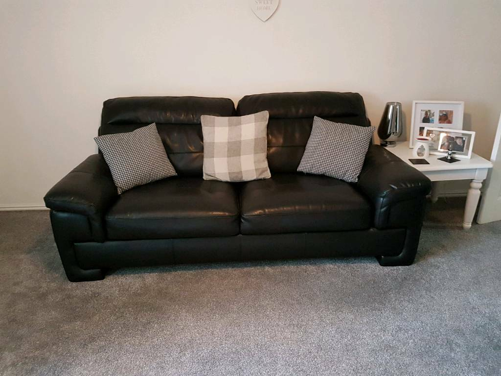 Leather sofa and chairin Kingswood, East YorkshireGumtree - Endurance Range from SCS.Leatheŕ sofa , 3 seater 210cm wide 87cm high 90cm deep.Chair 115cm wide 87cm high 90cm deep.Back cushions removeable.Immaculate condition.Still has leather care kit.Buyer to collect or arrange collection.Available for...