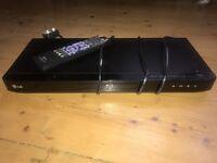 LG BD550 Blu-Ray & DVD Player - £10