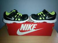 Nike trainers size 7.5