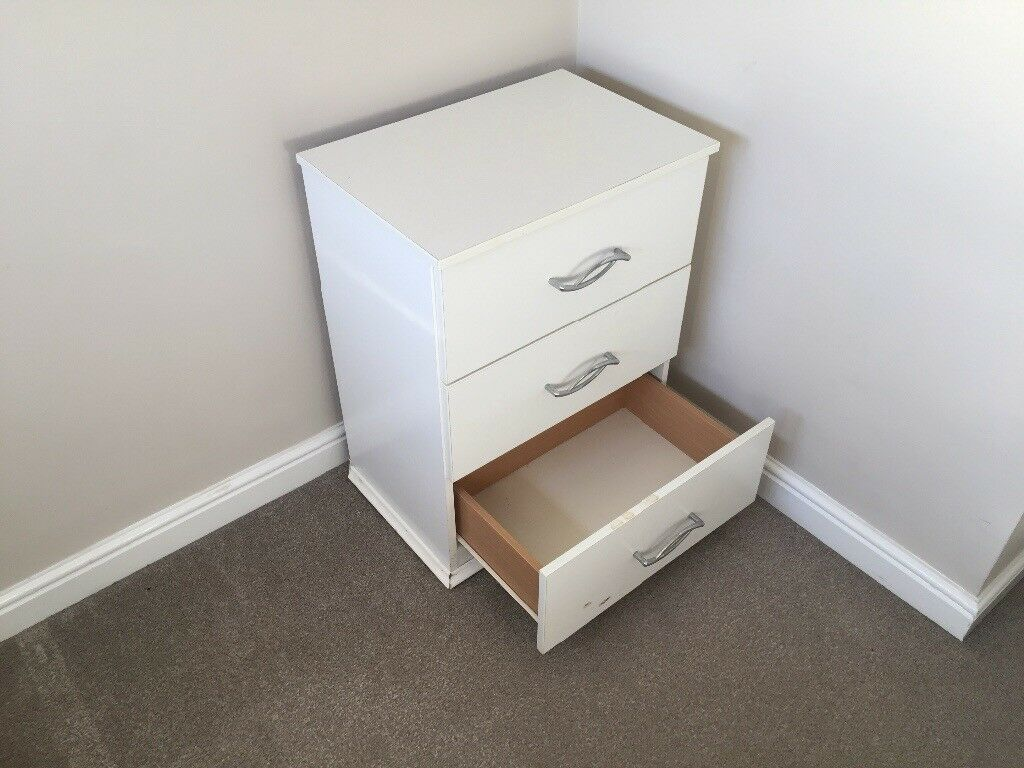 White bedside table with 3 drawers