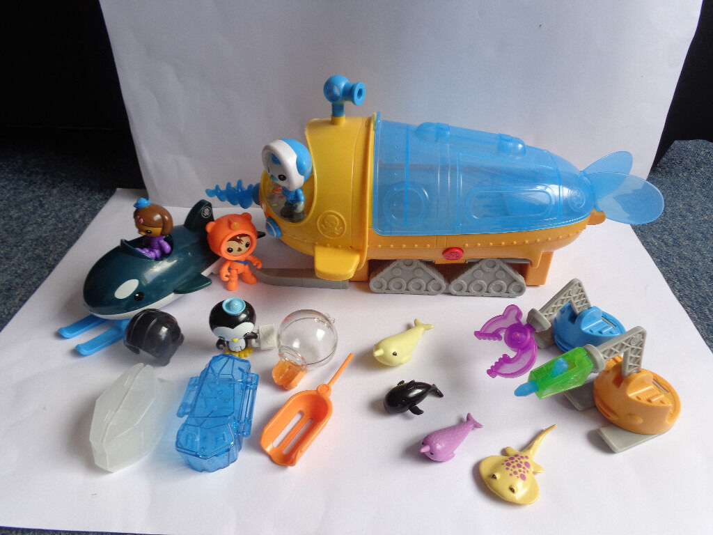 Large octonauts bundle - Exploration Vehicle with Barnacles, Peso, Gup-O + Dashi - Christmas present