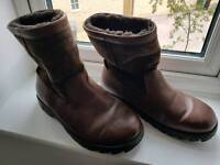 Mens Leather ugg boots with suede upper size 8
