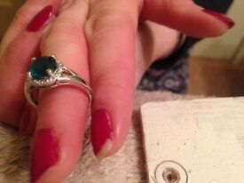 Silver green stone ring