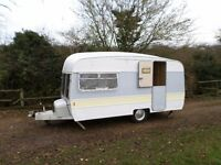 VINTAGE 1976 CLASSIC SWIFT RETRO TOURING CARAVAN 2 BERTH + 2 / 4 AWNING ACCESSORIES DELIVERY AVAIL