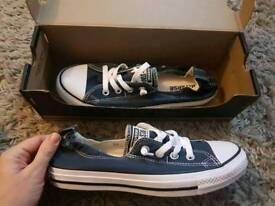 BRAND NEW in BOX Genuine Converse adult size 6