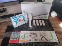 Wii console 4 controllers 4 nun chucks.. games..wii draw ..wit fit board and more