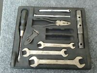 CLASSIC p5 / p5b rover tool tray and tools