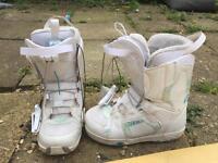 Salomon size 5 women's snowboarding boots