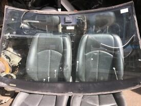 05 MERCEDES E CLASS FRONT AND BACK WINDSCREEN AVALIABLE