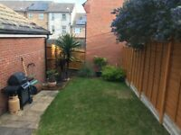 Two Bedroom House With Garden/Detached Garage/Cloakroom