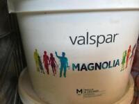 Paint (magnolia) 2 x 10 LTR